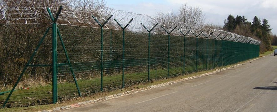 Fencing Specialists Fencing Manufacturers And Suppliers Uk